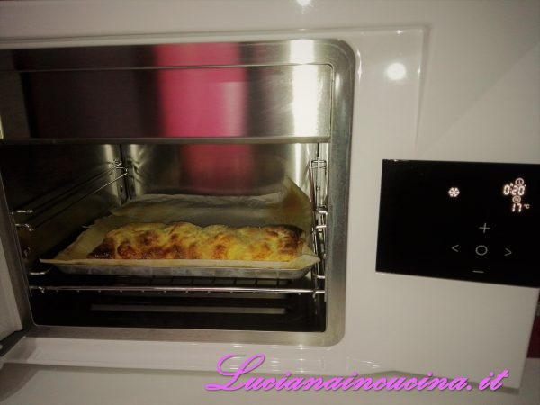 Appena esce dal forno, trasferirlo nell'abbattitore di temperatura Fresco con la funzione raffreddamento rapido per 30 minuti.  In questo modo il prodotto rimane perfettamente intatto in tutto il suo sapore e consistenza.