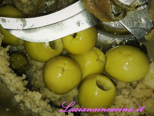 Ora le olive denocciolare