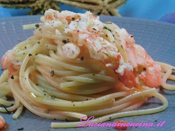 Ecco pronto un aglio olio e peperoncino di mare.