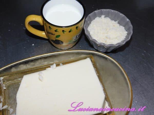 Il latte, il grana, il burro e frullare ottenendo un purè cremoso a cui verrà aggiunto un pò di pepe rosa.