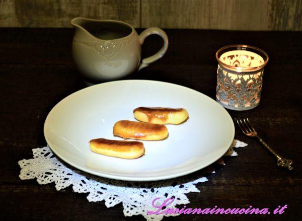 Eclairs ricetta con caramello
