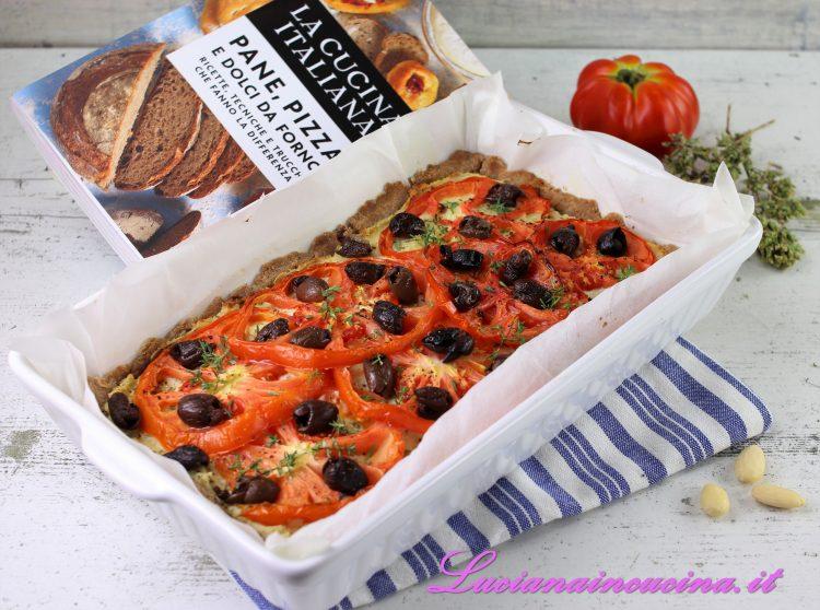 torta salata con pomodori cucina italiana