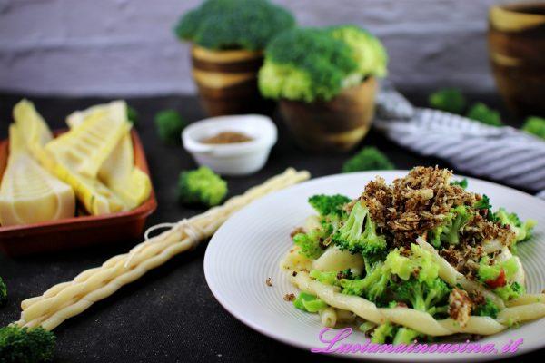 Fusilli con broccoletti e bambù