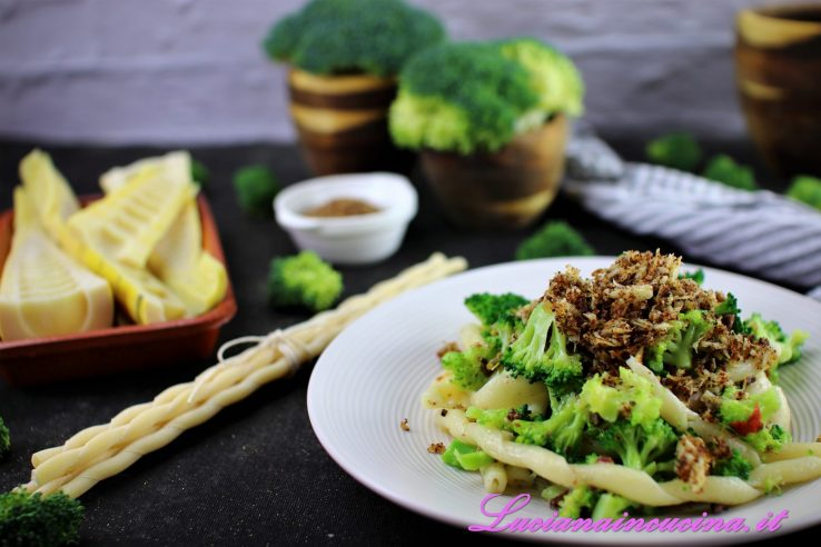 fusilli con broccoletti e bambu